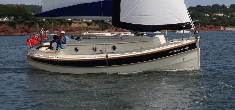 adventure26-sailing-full