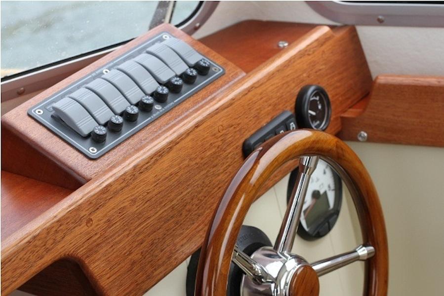 clam19-wheelhouse-dash2