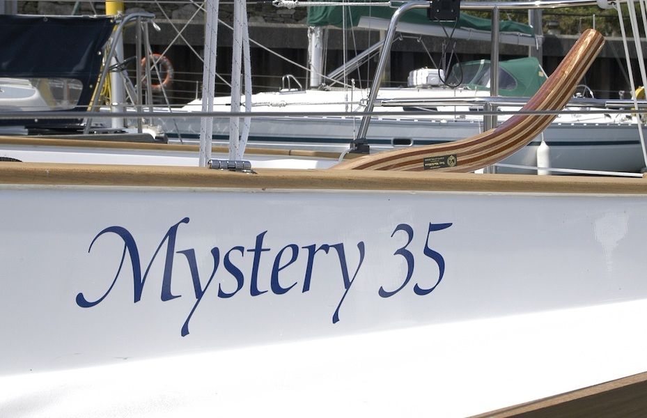 mystery35-name-barre