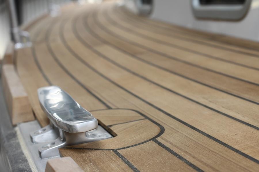 mystery35-teak-deck