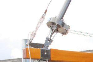 Sailspar reefing system