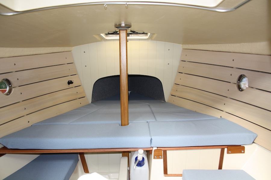 shrimper19-Interieur-2plus2