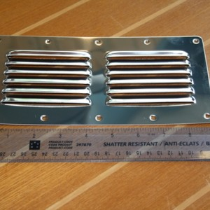 9inch louvered vent 2