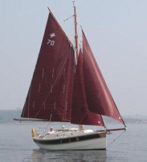 Crabber 24 sailing