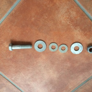 Centreplate pivot bolt