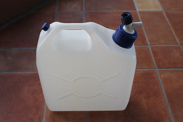 10 ltr Water container with tap