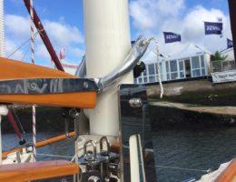 Crabber 24 mkv carbon fibre mast